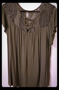 No Boundaries XXXL olive green shirt with lace